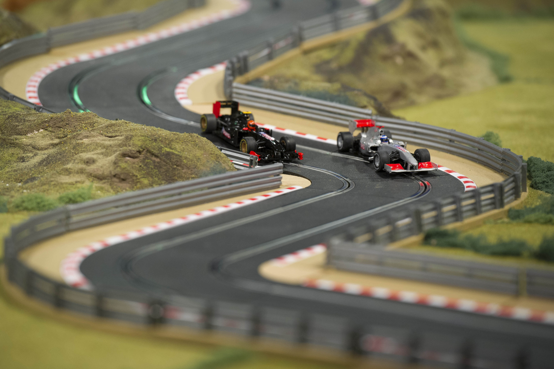 Un immense circuit scalextric pour la bonne cause ! - Photo n°3