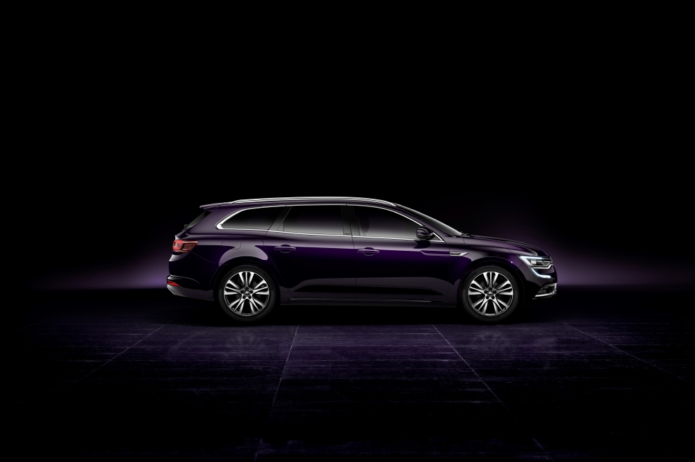 Un break Renault statutaire avec Talisman Estate - Photo n°12