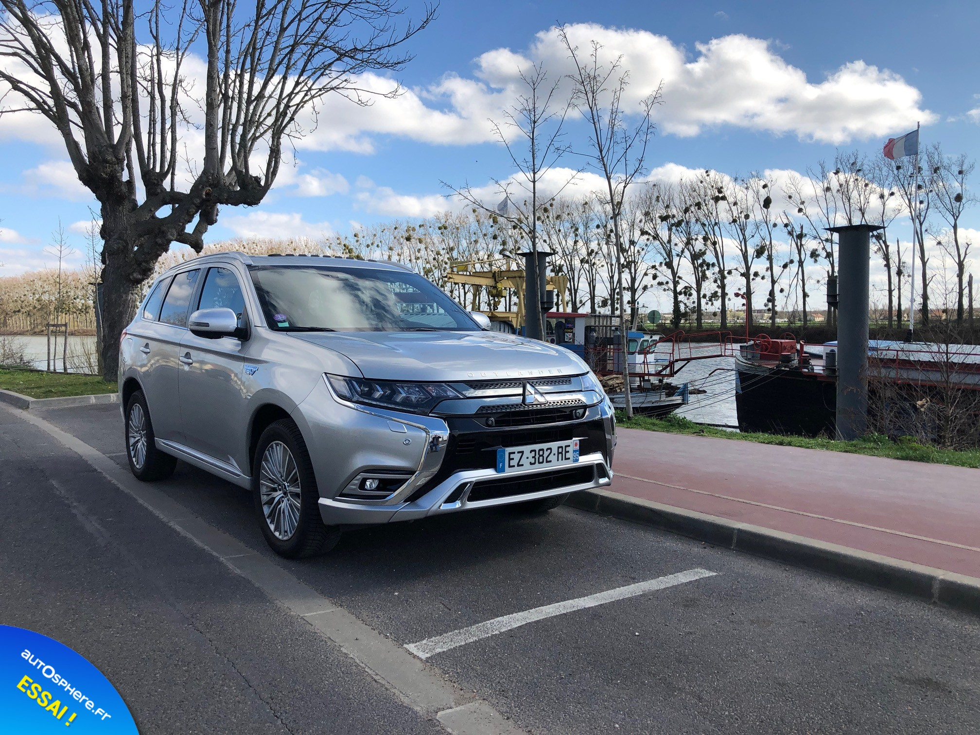 Essai Mitsubishi Outlander PHEV : Usage quotidien - Photo n°2