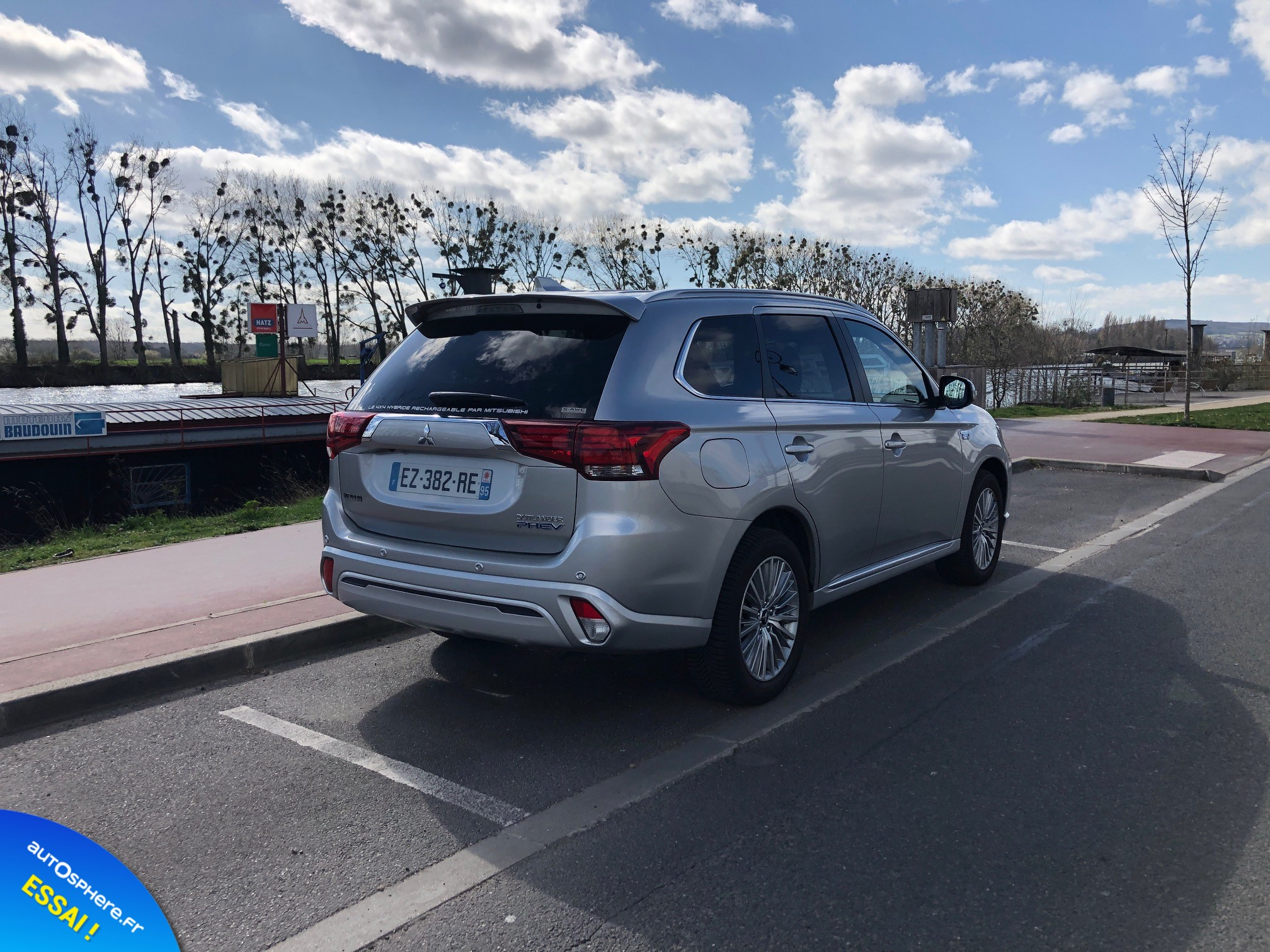 Essai Mitsubishi Outlander PHEV : Usage quotidien - Photo n°3