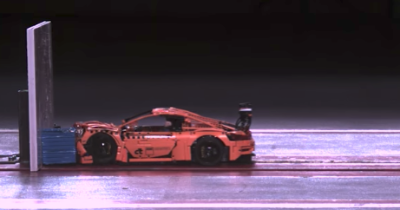 Porsche 911 GT3 RS Lego : l'improbable crash test