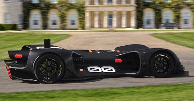 La Robocar va escalader la Goodwood Hill.