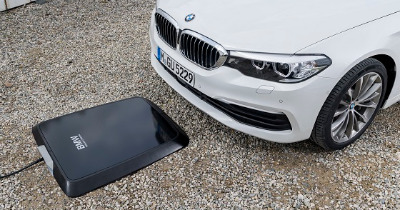 Désormais, on peut recharger une BMW par induction.