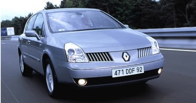 Renault Vel Satis saves the Queen