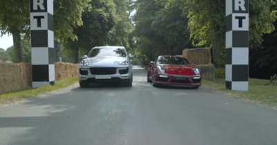 Le Cayenne Turbo S et la 911 Turbo S se mesurent à Goodwood