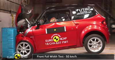 Les effrayants crash-tests des quadricycles.